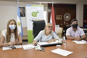 La provincia entregó aportes por más de cinco millones de pesos a residencias gerontológicas