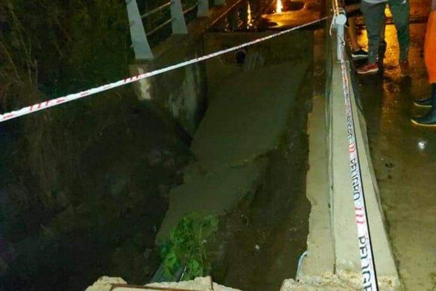 Obra inaugurada por Varisco, colapsó tras las intensas lluvias