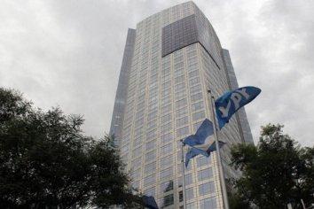 YPF modificó la oferta de canje de su deuda internacional