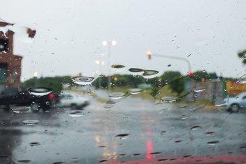 El gobierno provincial monitorea y asiste a las familias afectadas por la lluvia