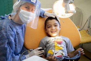 Garantizan el acceso a la atención odontológica previo al inicio de las clases