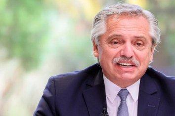 """Fernández suscribe al acta por un """"Acuerdo Federal para una Argentina Unida contra la violencia de género"""""""