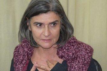 La diputada Jarovlavsky no esta de acuerdo con que se haya vacunado al Gobernador y los ministros