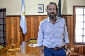 """Para Emilio Fouces, """"es evidente que la política mete la cola en las causas judiciales y el Poder Judicial lo permite"""""""