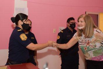 La ministra Romero mantuvo encuentro de trabajo con mujeres policías de Concordia