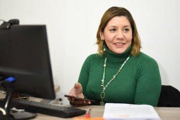 """Carina Ramos expresó que """"es un compromiso con todos los paranaenses"""""""
