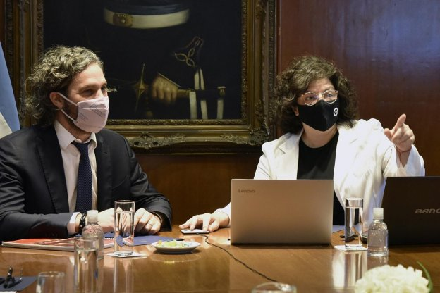 El Gobierno piensa en más restricciones pero focalizadas y temporales para contener el avance de la segunda ola de coronavirus