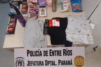 Mujer robó mercadería por un total de $11.000 de un hipermercado y la escondió debajo de su campera