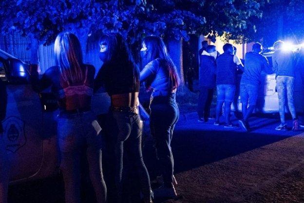 Multarán con más de 1 millón de pesos para quienes organicen fiestas clandestinas