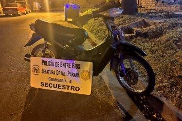 Le robaron la moto y la dejaron abandonada en cercanías