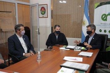 Repasan junto al intendente Bahl el plan de obras que se desarrolla y proyecta en Paraná