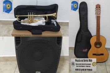 Recuperaron instrumentos musicales y un parlante que habían robado del CIC II