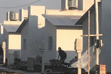 La provincia rubricó convenios para construir nuevas viviendas