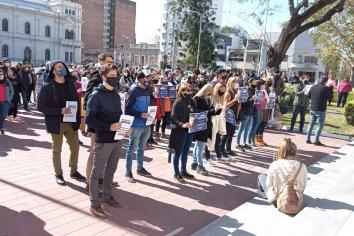 Familiares de Gonzalo Calleja reclamaron Justicia en la puerta de tribunales