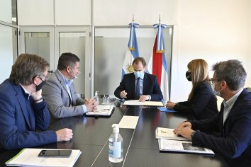En el marco de su agenda con municipios, Bordet atendió requerimientos de obras para Diamante