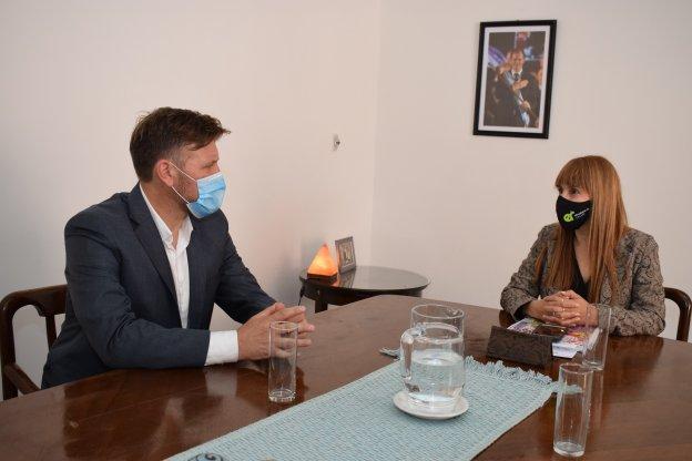 La ministra de Salud se reunió con el director del Instituto Becario
