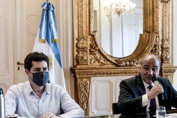 Juan Manzur encabeza la primera reunión del Gabinete