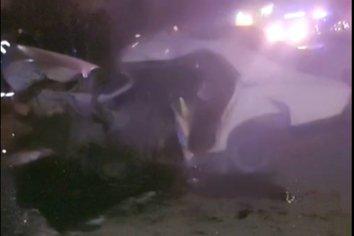 Dos autos chocaron de frente en el acceso a San Benito