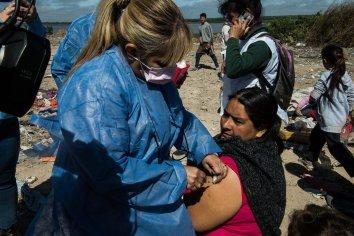 La Municipalidad realizó un operativo de vacunación en el Volcadero