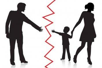 Denuncia que sus sobrinos están bajo custodia de una persona con problemas psicológicos