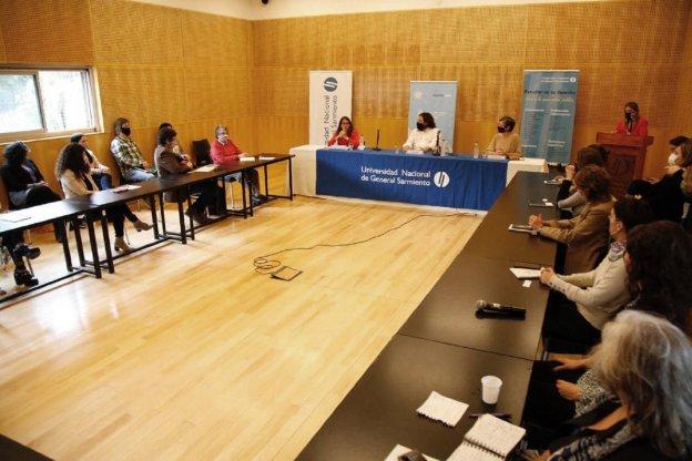 Gómez Alcorta anunció en la U N de General Sarmiento la creación de una diplomatura para el abordaje de las violencias de género