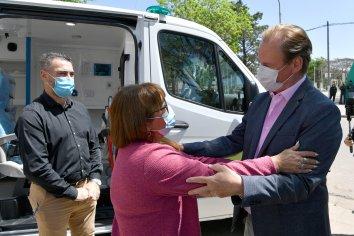 Bordet entregó más ambulancias para sumar al sistema de salud pública de la provincia