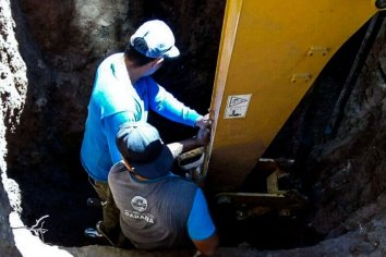Nuevo operativo de limpieza de la red cloacal en Paraná V