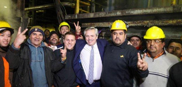 """""""Tienen mi compromiso: vamos a levantar las persianas de las fábricas y vamos a poner a la Argentina de pie"""""""
